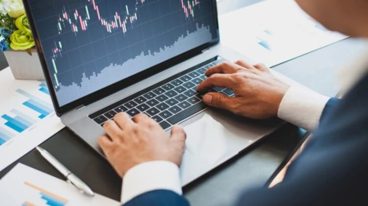 How To Trade Cryptocurrency Effectively: A Beginner's Guide