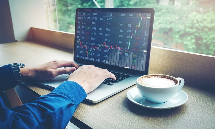 Is Trading Cryptocurrency Worth It? – Weighing Its Pros And Cons